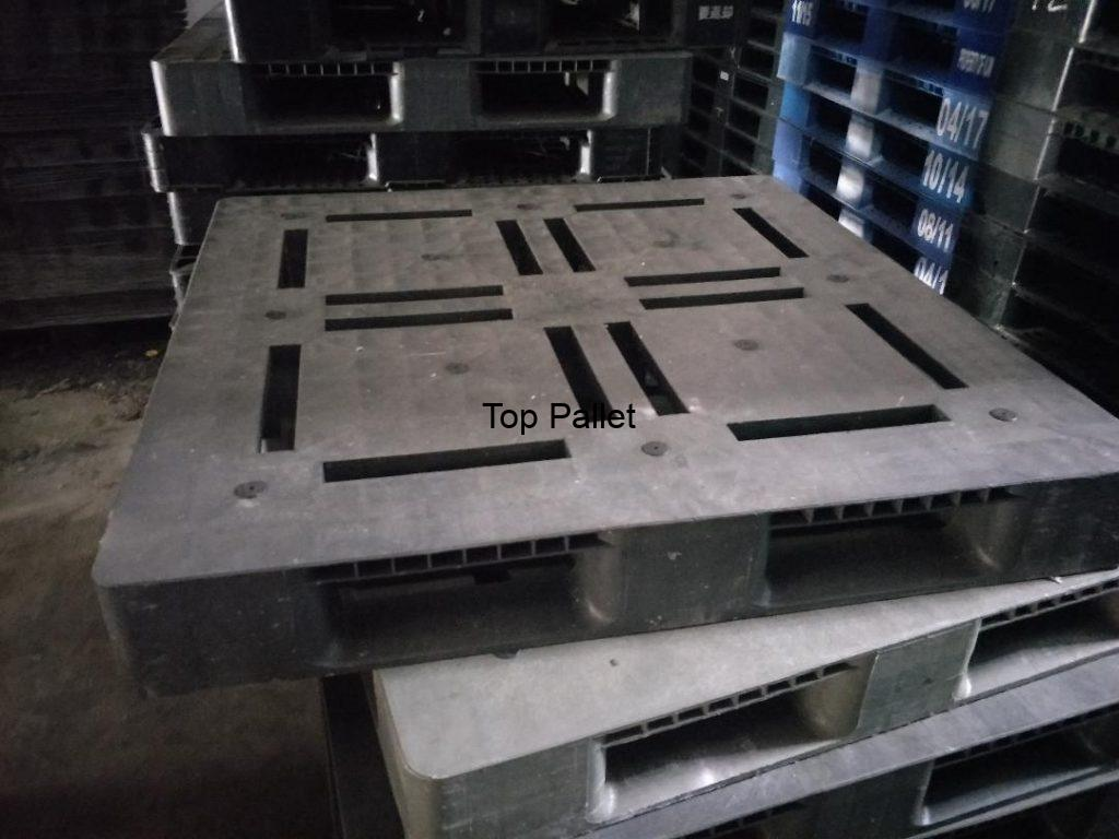 recycled plastic pallet